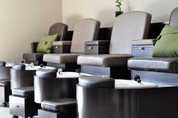 Spa & Nail Services Elkhorn
