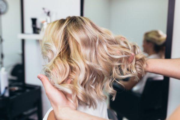 Women's Haircuts Burlington, WI